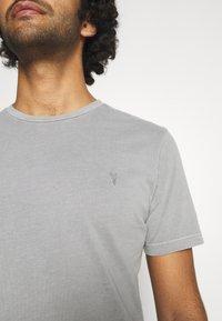 AllSaints - OSSAGE CREW - Basic T-shirt - parma grey - 5
