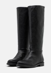 Trussardi - BOOT LISCIO - Vysoká obuv - black - 2