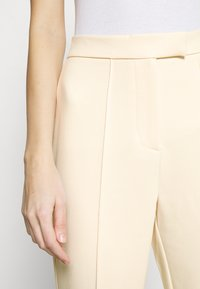 4th & Reckless - ALMA TROUSER - Kalhoty - nude - 7