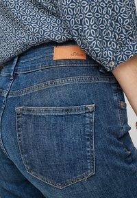 s.Oliver - Denim shorts - medium blue - 3