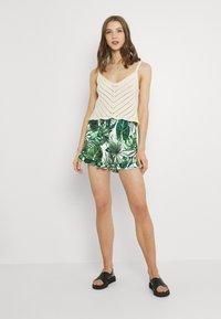 ONLY - ONLNOVA LIFE FRILL - Shorts - offwhite/multicoloured - 1