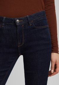 Esprit - FASHION  - Jeans Skinny Fit - blue rinse - 6