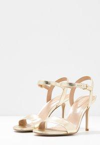 Lauren Ralph Lauren - METALLIC GWEN - Sandaler med høye hæler - pale gold - 4