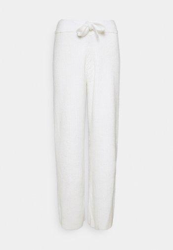 RECYCLED WIDE LEG TROUSER - Bukse - white