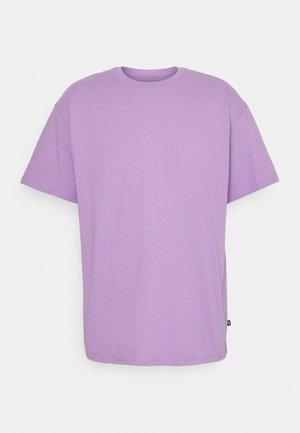 TEE ESSENTIALS UNISEX - T-shirt - bas - violet star