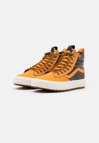 Vans - SK8 MTE 2.0 DX UNISEX - High-top trainers - apricot/black - 1