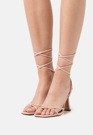 RALLY MID ANKLE TIE - Sandals - nude