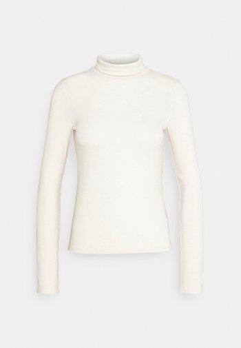 GIANNA POLO - Topper langermet - warm white