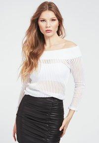 Guess - Long sleeved top - weiß - 0