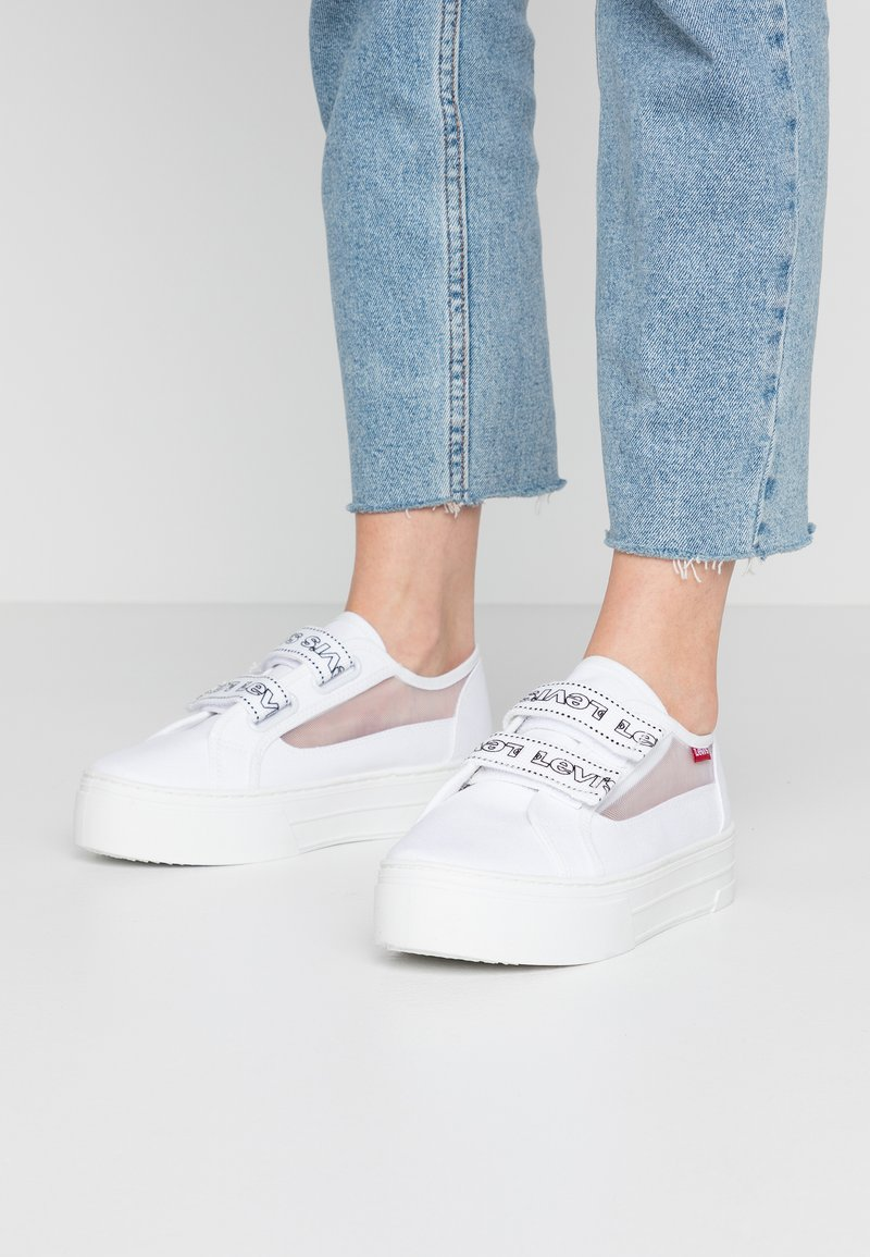 Levi's® - TIJUANA - Sneakers laag - brilliant white