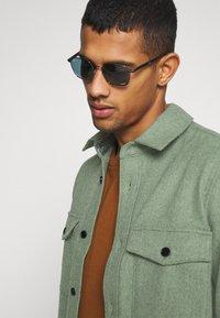 ARKET - Skjorta - khaki/green - 3