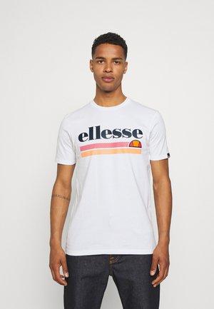 TRISCIA TEE - Print T-shirt - white