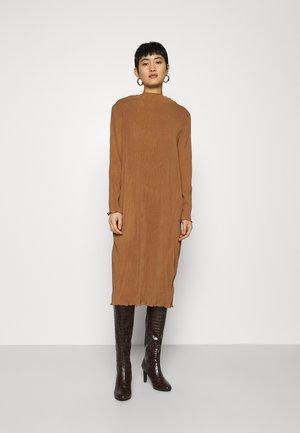 Denní šaty - beige dark