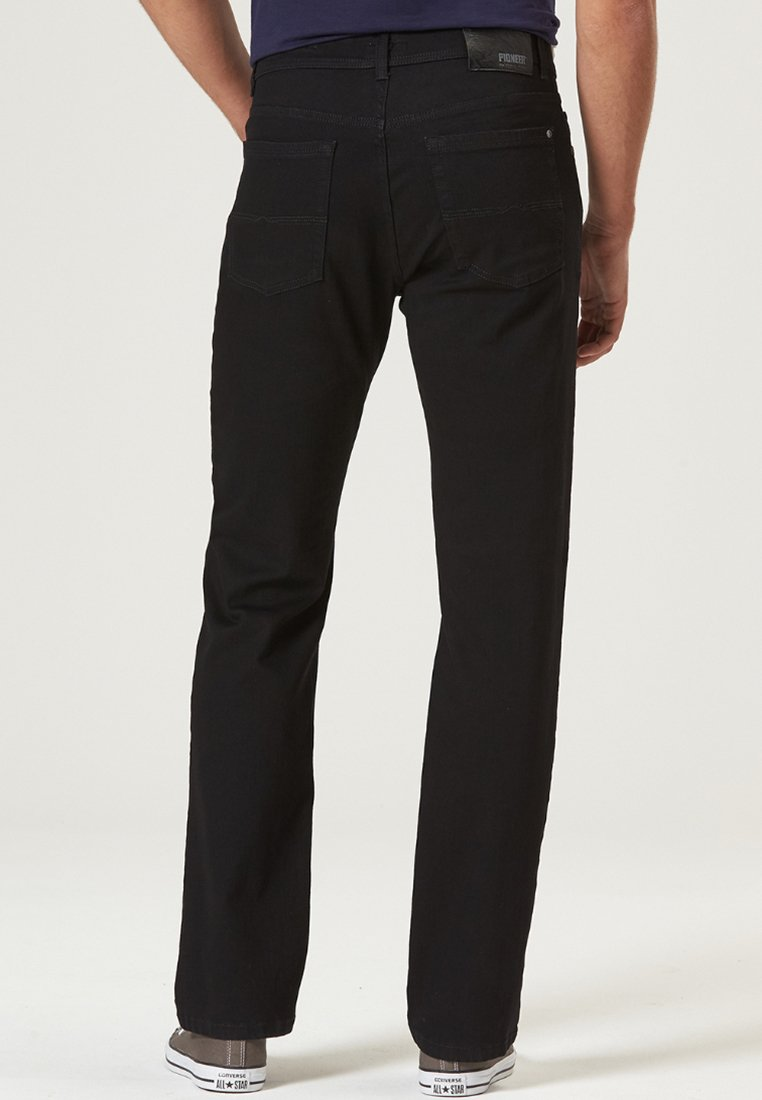 Pioneer Authentic Jeans HERREN MEGAFLEX RANDO - Jean droit - black