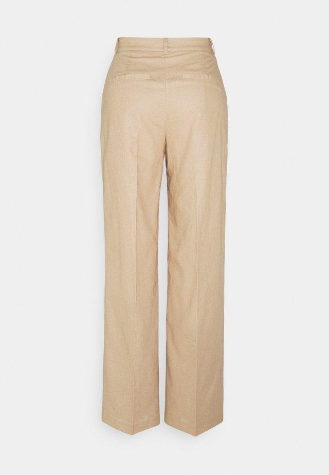 LOOSE FIT SUIT PANTS - Stoffhose - beige