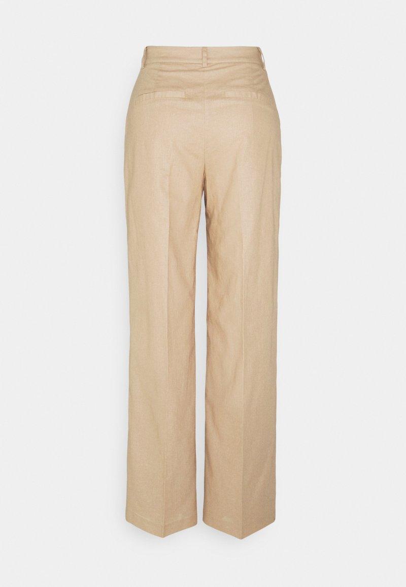 NA-KD - LOOSE FIT SUIT PANTS - Tygbyxor - beige
