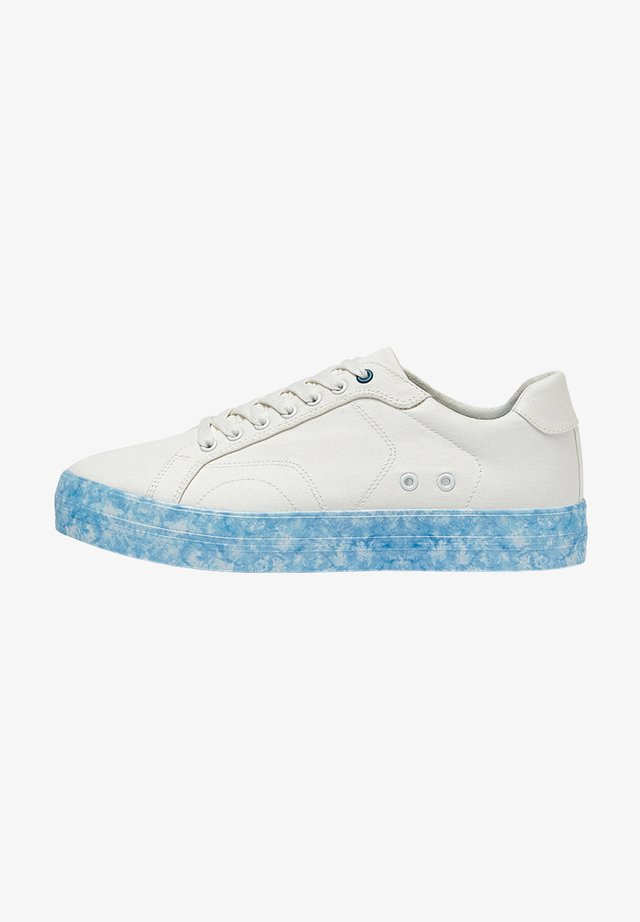 MIT TIE-DYE-SOHLE - Sneakers laag - turquoise