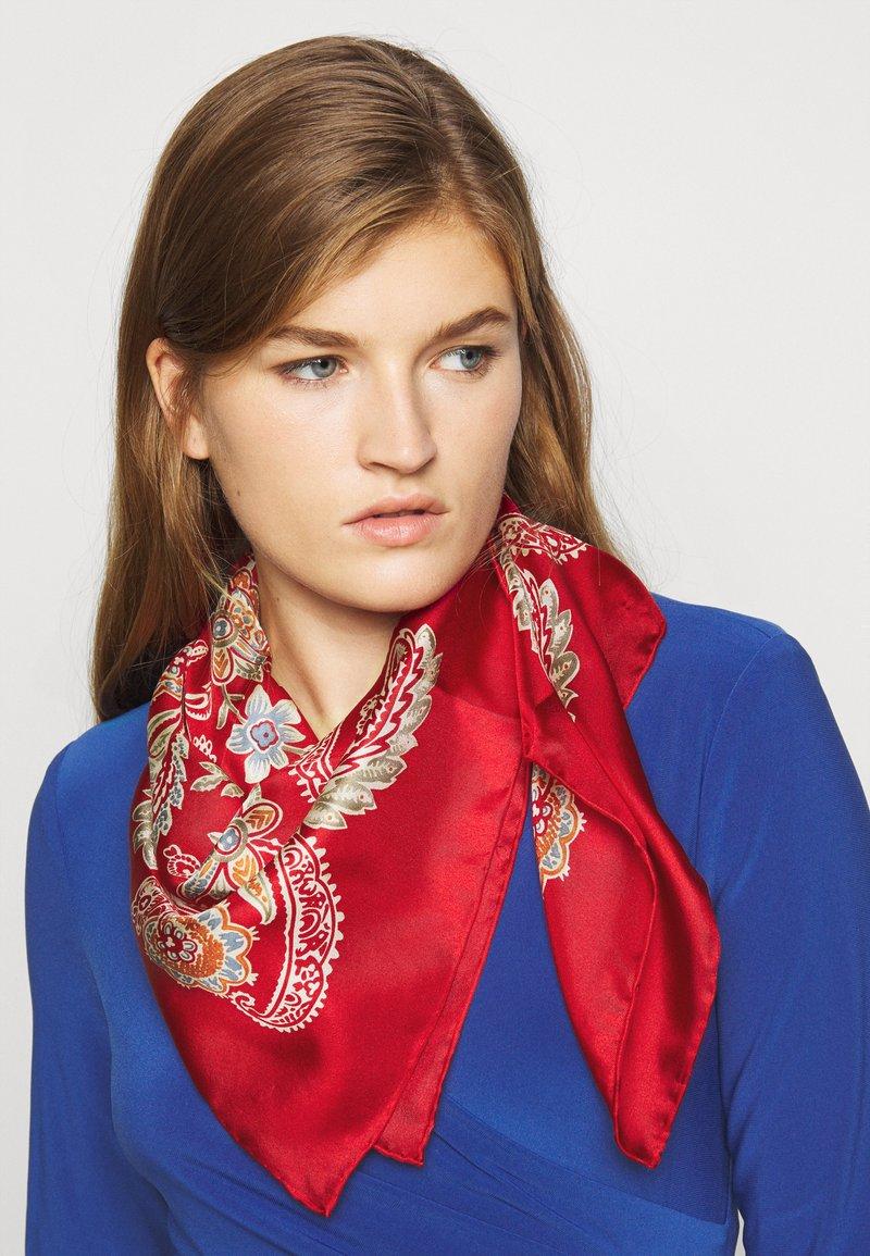 Lauren Ralph Lauren - FRANCES SQUARE SCARF - Foulard - orient red
