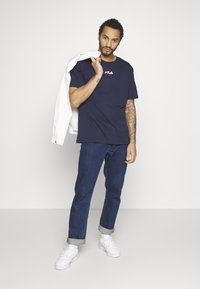 Fila - BENDER - Camiseta estampada - black iris - 1