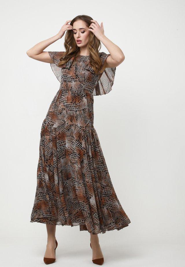 ELIZABETTA - Vestito lungo - braun ingwer