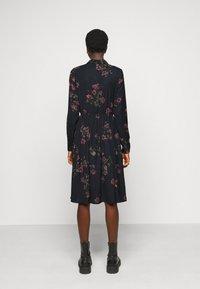 Vero Moda Tall - VMGALLIE DRESS  - Shirt dress - black - 2