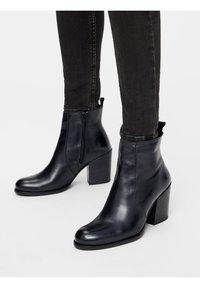 Bianco - BIADELMA - Classic ankle boots - black - 0