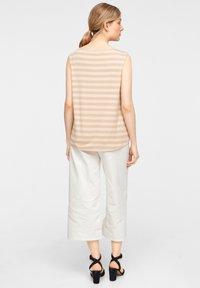 comma - Top - beige stripes - 2