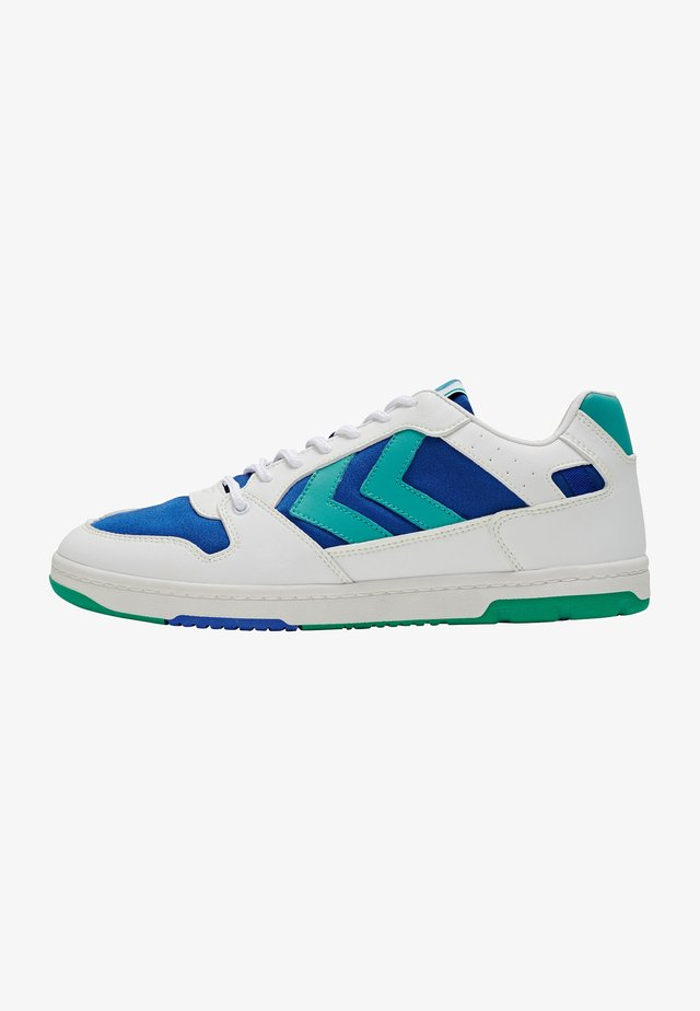 POWER PLAY VEGAN ARCHIVE - Trainers - white/green