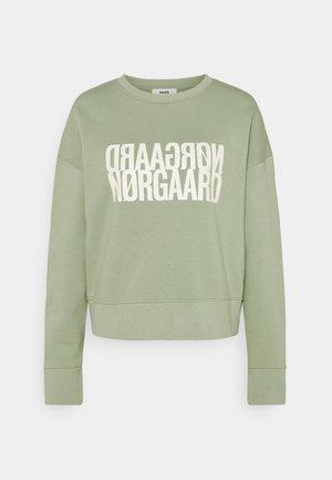 ORGANIC TILVINA - Sweatshirt - light army