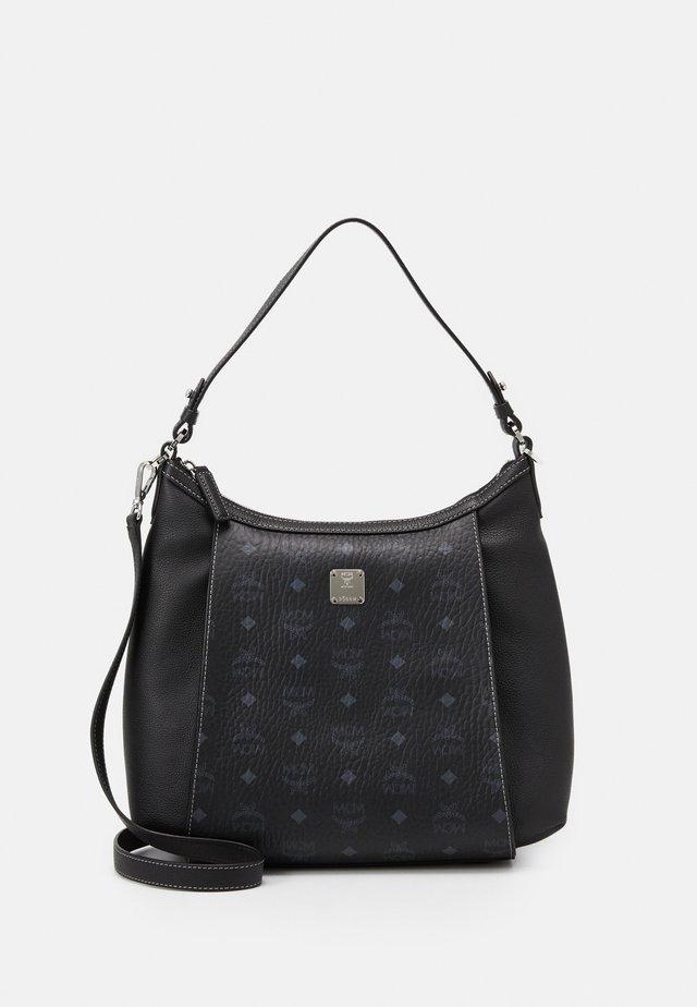 LUISA - Handtasche - black