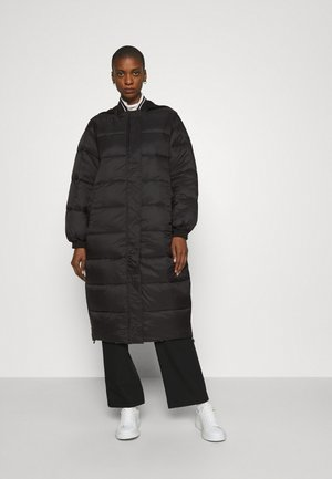 Winter coat - jet black