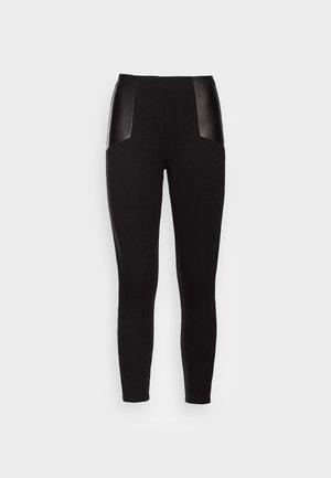 VMCATE - Leggings - black
