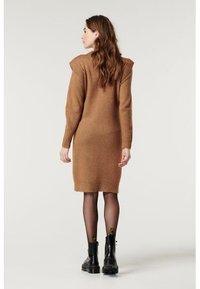 Supermom - DRESS - Stickad klänning - toasted coconut - 5