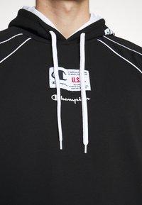Champion - HOODED SHORT SLEEVES - Sweatshirt - black/white - 6