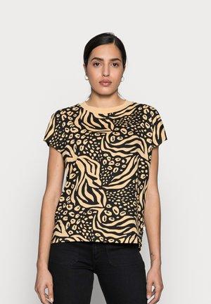 WITH CONTRAST NECK - T-shirt z nadrukiem - multi-coloured