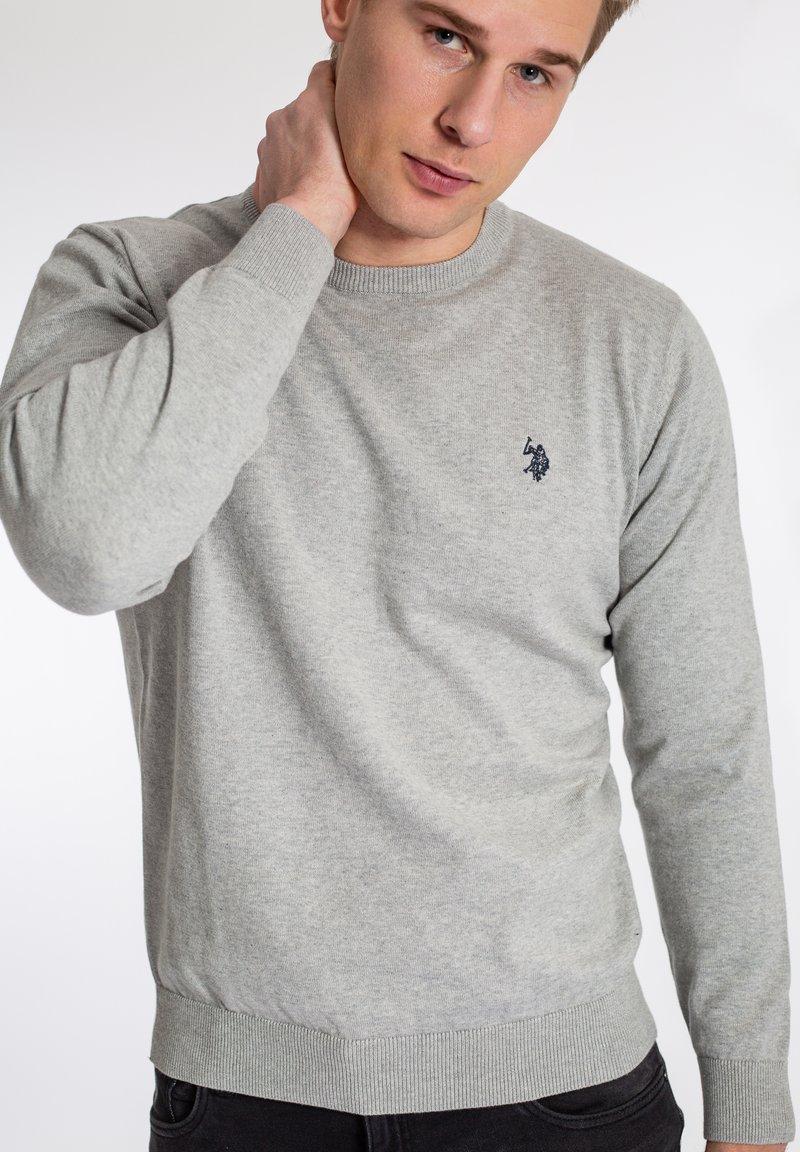 U.S. Polo Assn. - ADAIR - Sweter - grey melange