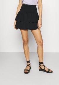 Pieces - PCTILY SMOCK SKIRT - Mini skirt - black - 0