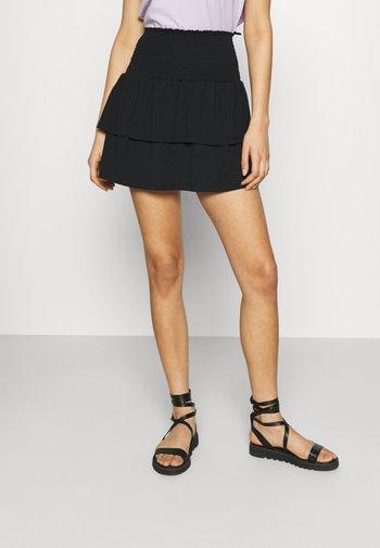 PCTILY SMOCK SKIRT - Mini skirt - black
