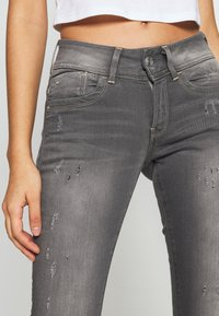 G-Star - LYNN MID SKINNY - Jeans Skinny Fit - slander grey superstretch - 3