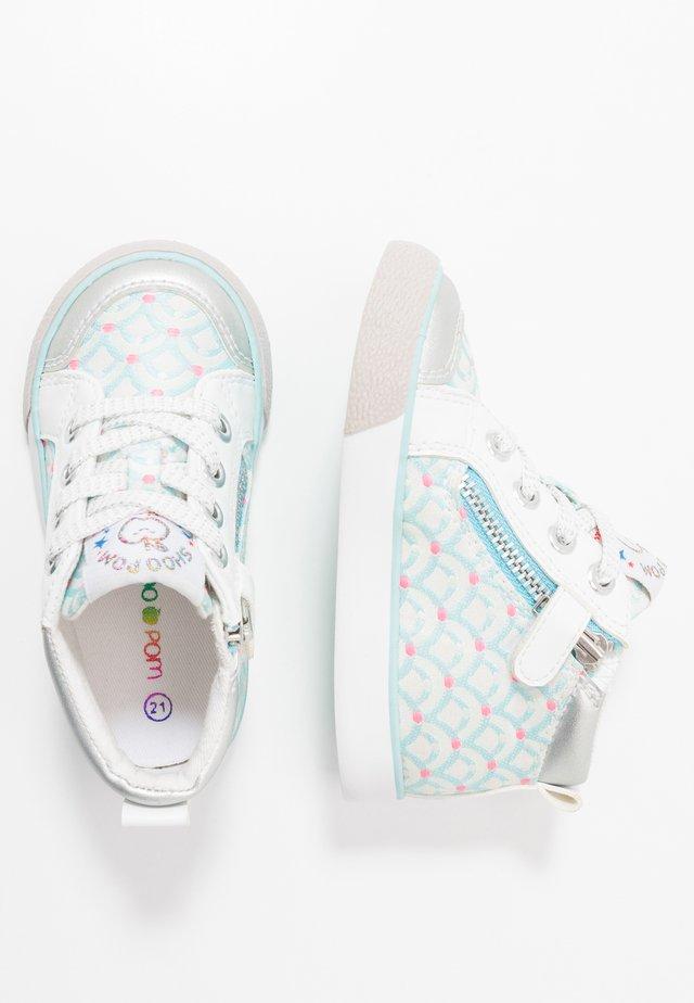 ZIP BASKET - Baby shoes - blue glow/silver