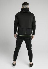 SIKSILK - ADAPT CRUSHED ZIP THROUGH - Summer jacket - black - 2