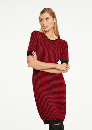Jumper dress - red bubble knit