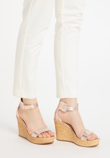 High heeled sandals - rosa
