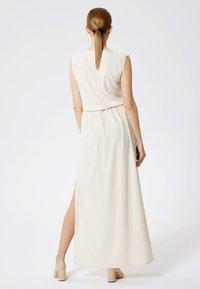 DreiMaster - Maxi dress - beige - 2