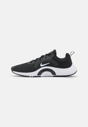 RENEW IN SEASON TR 11 - Sports shoes - black/white