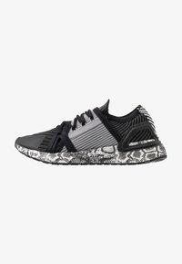adidas by Stella McCartney - ULTRABOOST 20 - Nøytrale løpesko - black white/dough solid grey - 0