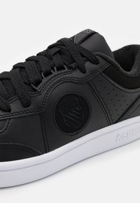 K-SWISS - NORTH COURT - Trainers - black/charcoal/white - 5