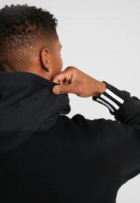 adidas Originals - HOODY - Bluza z kapturem - black - 3