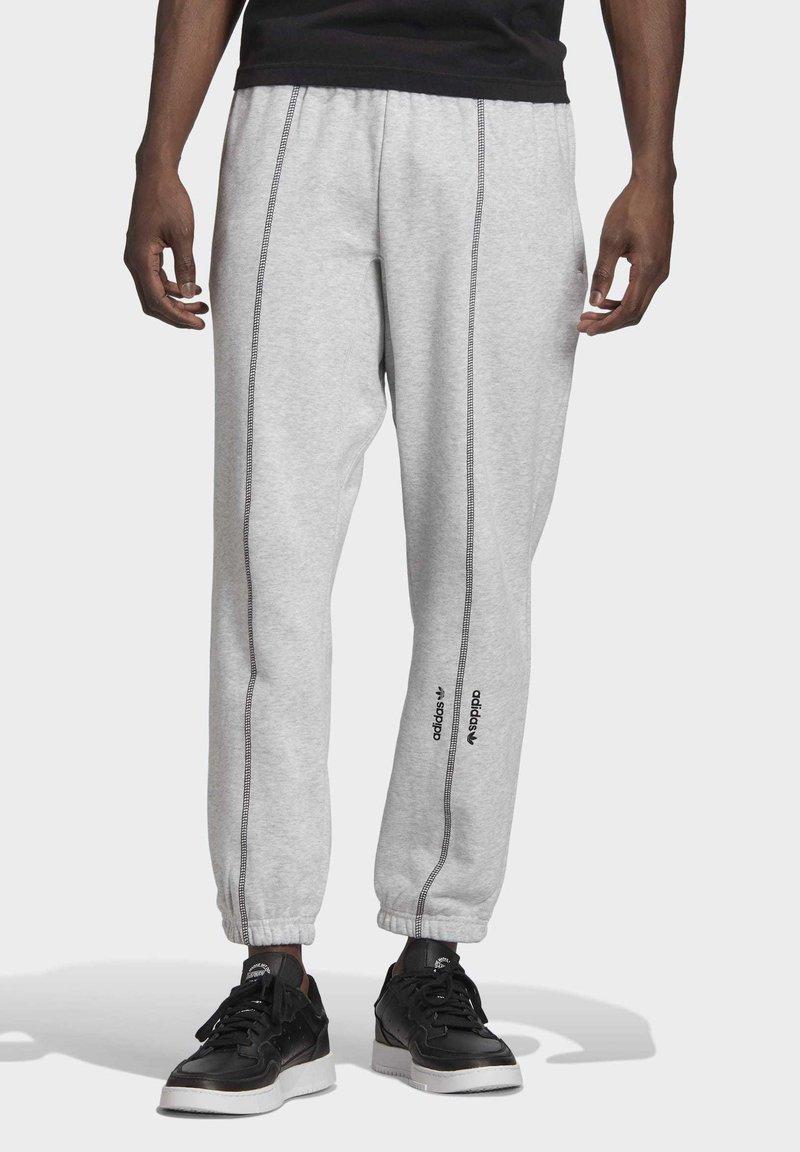 adidas Originals - JOGGERS - Trainingsbroek - grey