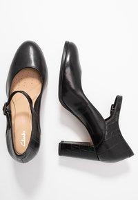 Clarks - KAYLIN ALBA - Classic heels - black - 3